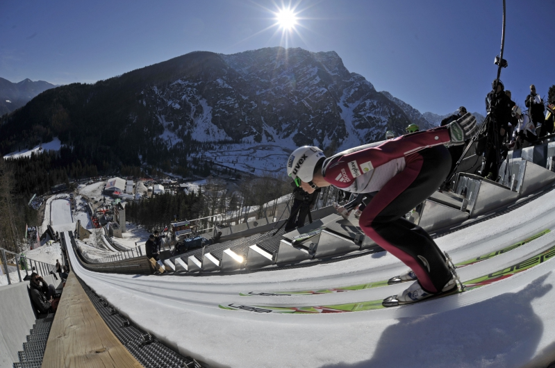 11182-planica2.PNG